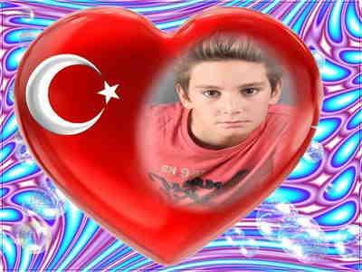 Kalpli Türk Bayrağı